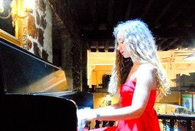 Elena Prieto - Pianist / Keyboardist Santander, Community of Madrid