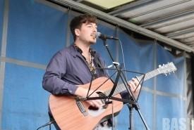 Phil Brunsdon - Guitar Singer