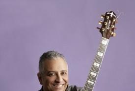 Aziz Cheurfa Ardia - Guitar Singer Capri, Italy