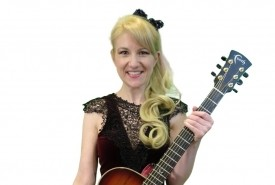 Phoebe - Acoustic Guitarist / Vocalist Weston-super-Mare, South West