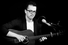 Paul Lav - Guitar Singer Belfast, Northern Ireland