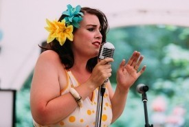 Helen Vintage Singer - Female Singer Farnborough, South East