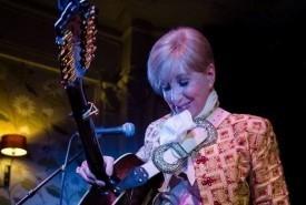 Frances McKevitt - Guitar Singer Lewisham, London