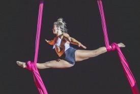 aerial silks - Aerialist / Acrobat Tienen, Belgium
