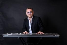 Marcelo Augusto Hidalgo Robles - Pianist / Keyboardist Santiago Region Metropolitana, Chile