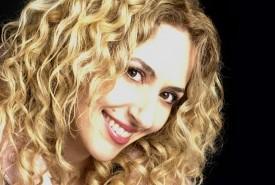 Antigoni Katsouri - Pianist / Singer