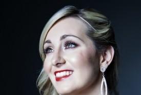 Helen Farrell - Female Singer