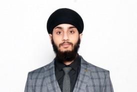 Manmeet Singh - Close-up Magician