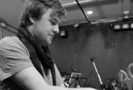 Sam Coates - Pianist / Keyboardist Midlands
