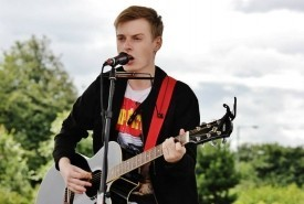 Christy Myers - Acoustic Guitarist / Vocalist Liverpool, North West England