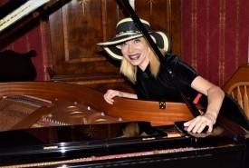 Debby Mac - Pianist / Keyboardist North Carolina