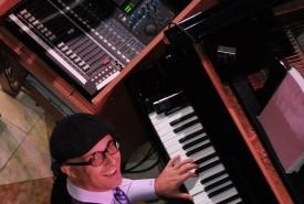 Ed Kelly - Pianist / Singer Toronto, Ontario