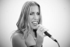 Gloria Signoria - Female Singer Milan, Italy