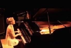 Angelica - Pianist / Singer Toronto, Ontario