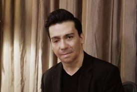 Luis Canales - Pianist / Singer