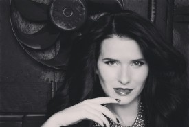 Anna Anitsoy - Female Singer Kiev, Ukraine