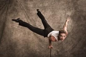 Daniel Patrick - Aerialist / Acrobat Portland, Oregon
