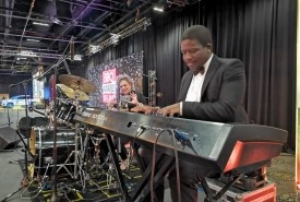 Victor Masingi - Pianist / Keyboardist