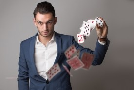 Max Allan | Corporate and Wedding Magician - Close-up Magician 4159, Queensland