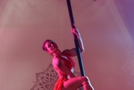 Laura Jaye - Aerialist / Acrobat Tampa, Florida