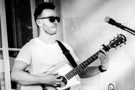 Bradley Osborne - Guitar Singer South East