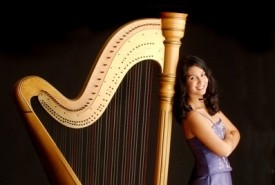 Boston Harpist Lizary Rodriguez - Harpist Boston, Massachusetts