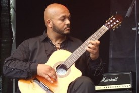 El Moro - Classical / Spanish Guitarist