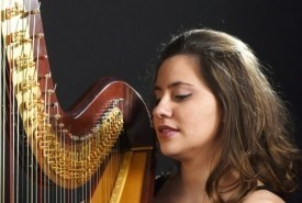 Elisa harp - Harpist