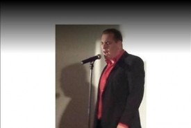 Steve Ellis - Male Singer Kingston upon Hull, Yorkshire and the Humber