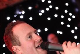 Kevin Hill Jnr - Male Singer Bedfordshire, South East
