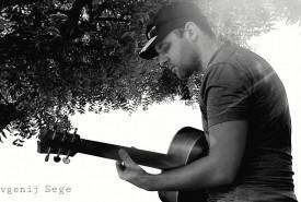 Jevgenij sege - Acoustic Guitarist / Vocalist Lithuania, Lithuania