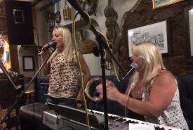 Bottled Blonde - Acoustic Band Devon/Torbay, South West