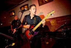 Dylan Penri - Guitar Singer UK, Wales