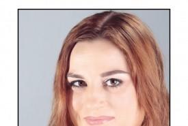 Kayla Fischl - Female Singer