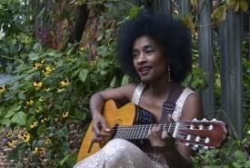 SENAYA - Guitar Singer