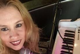 Claudette Casiano - Pianist / Singer San Antonio, Texas