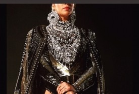 Viniga tits (Beyoncé impersonator) - Beyonce Tribute Act