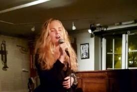 Maria Fosnes - Female Singer Trondheim, Norway
