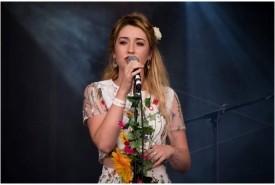Amy Morris  - Female Singer England, East of England