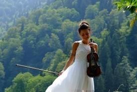 Natia Maglakelidze - Violinist