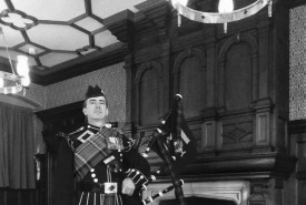 Highland Bagpiper - Bagpiper East of England