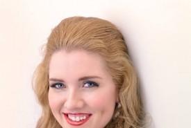Krystal Mills - Female Singer Cardiff, Wales