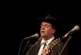 Bob Gessey  - Guitar Singer Birmingham, West Midlands
