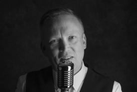 Bobby McDarin - Male Singer