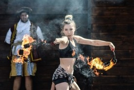 Aerial Elle  - Fire Performer