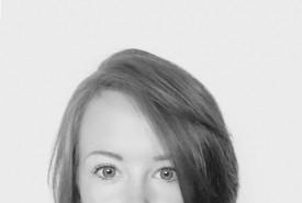 Hannah Collier - Aerialist / Acrobat