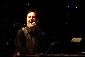 Paul C McD - Pianist / Singer