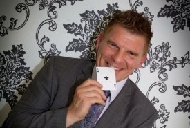 Glenn Ward - Close-up Magician Tyne & Wear, North of England
