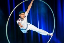 Pascal Haering - Cyr Wheel Act Bristol, South West
