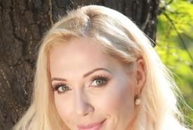 Ana Sinicki - Opera Singer Serbia, Serbia